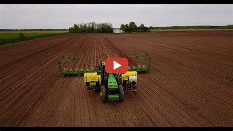 16 Row Deere Planter by Deere 8230 With A 16 Row Deere Maxemerge Xp