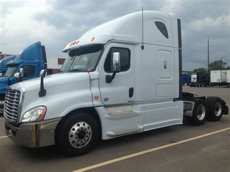 new kenworth trucks for sale 100 new kenworth semi trucks for sale long haul