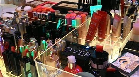 Merek Lipstik Makeover Harga tukarkan lipstik lama anda dengan yang baru di sini