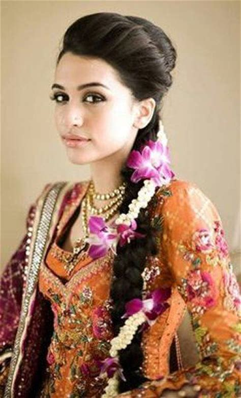 new hair style girl punjabi 20 simple and cute hairstyles for mehndi function this season