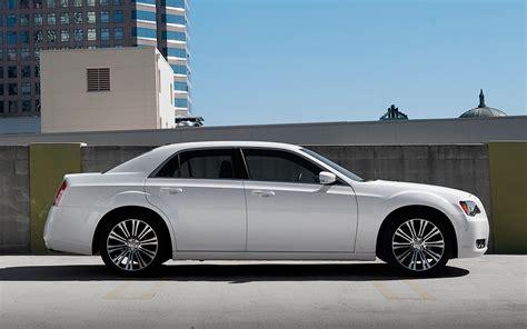 2013 Chrysler 300 S by 2013 Chrysler 300s Arrival Photo Gallery Motor Trend