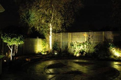 garten beleuchten led gartenbeleuchtung f 252 r ein romantisches ambiente