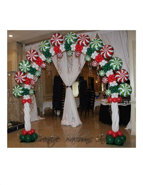 christmas candy theme arch my favorite balloons pinterest
