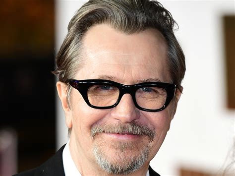 gary oldman actor gary oldman says he was ridiculous choice to play