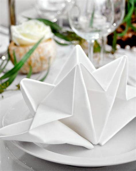 servietten festlich falten servietten falten und eine kreative tischdeko zu ostern