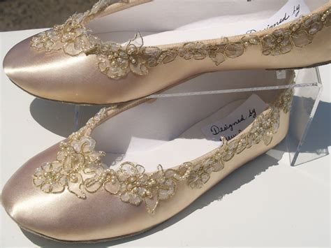 Gold Flat Shoes For Wedding by Chagne Wedding Flats Shoe Elegantly Gold Trimmed By