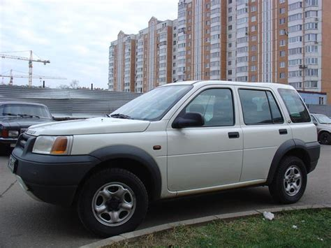 2000 Land Rover Freelander Pictures