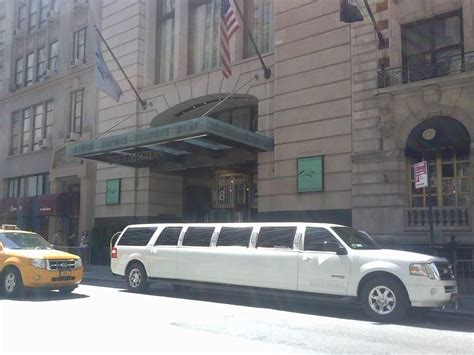 Limousine Rental Nyc by Manhattan Limos Limo Rentals Limousine Services In