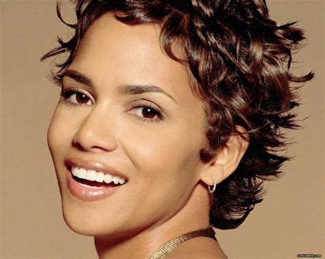 Halle Berry Hairstyles by Halle Berry Hairstyles Hairstyles And Haircuts