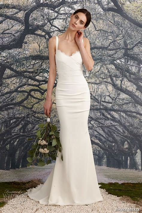 Top 24 Wedding Dress Styles for Petite Bride to be