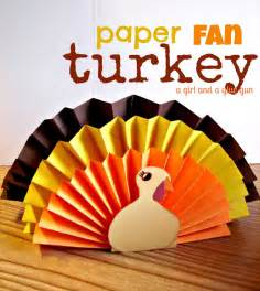 Turkey Paper Craft - 15 thanksgiving crafts clutter