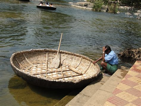 boat definition in hindi coracle d 233 finition c est quoi
