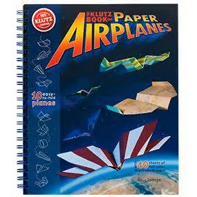 libro book of paper airplanes amazon com klutz book of paper airplanes craft kit doug stillinger toys games