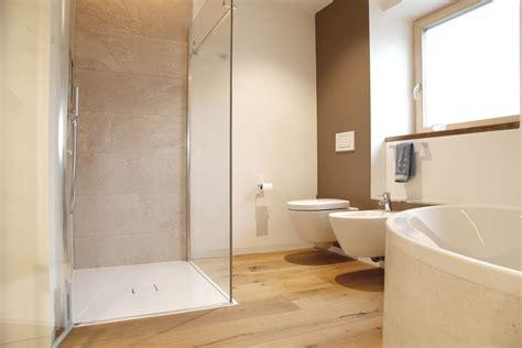 Badezimmer Komplett Fliesen by Badezimmer Komplettset G 252 Nstig Surfinser