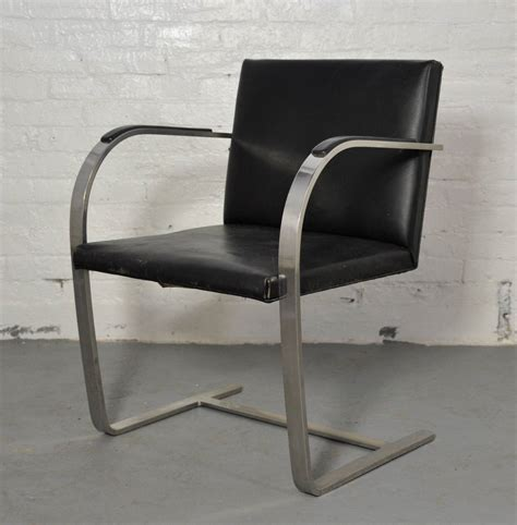 Vintage Knoll Chairs by Vintage Pair Of Knoll Brno Chairs For Sale At 1stdibs