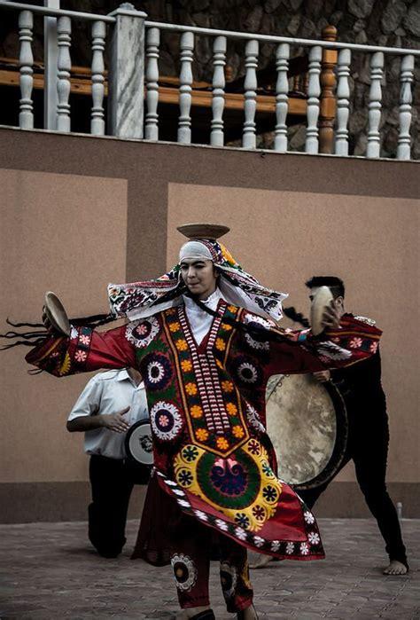 uzbek uyghur tajik traditional dance pinterest 18 best images about dances of central asia on pinterest