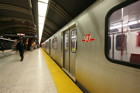 Perspecitve In A Tornoto Subway Station by The Toronto Rocket Trains T35a08 Transit Toronto Content