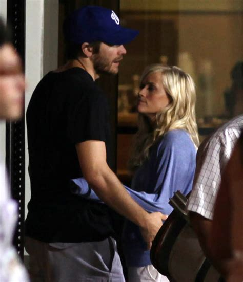 So Are Reese Witherspoon And Jake Gyllenhaal Going Out by Reese Witherspoon And Jake Gyllenhaal Engaged Www