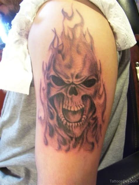 skull with flames tattoo designs skull tattoos designs pictures page 8