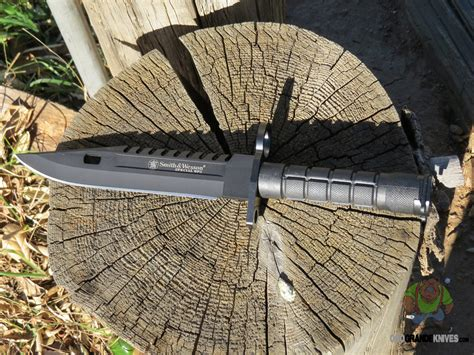 sw3b smith wesson special ops sw3b m 9 special knife