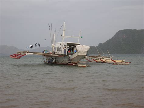fishing boat philippines basnig fishing for fairness poverty morality and marine