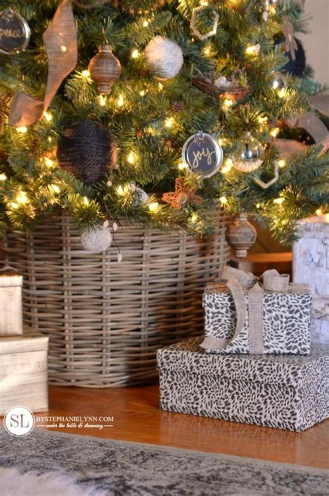 90 best christmas tree decorating images on pinterest