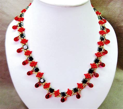 Handmade Bracelet Patterns - free pattern for necklace redberry click on link to get