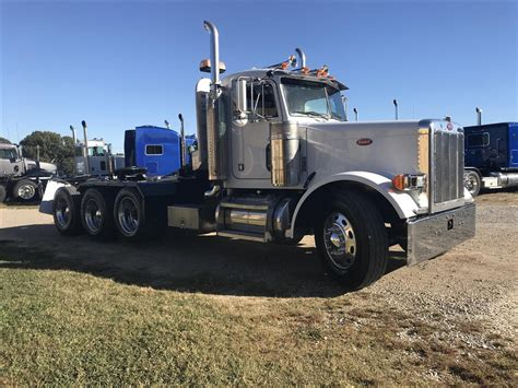 used peterbilt trucks used 2001 peterbilt 379 winch truck for sale in ms 6666
