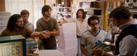 film it jobs critique de jobs le premier film sur steve jobs