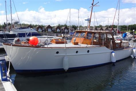 Lem Porting 38 Silvers Wooden Motor Yacht For Sale