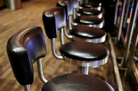 madison square garden bar stool seats brokeasshomecom