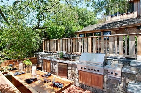 Outdoor Kitchen Designs For Small Spaces by Chic And Trendy Outdoor Kitchen Designs For Small Spaces