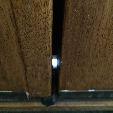 Interior Door Gap Fix by Filling Gap Between Doors