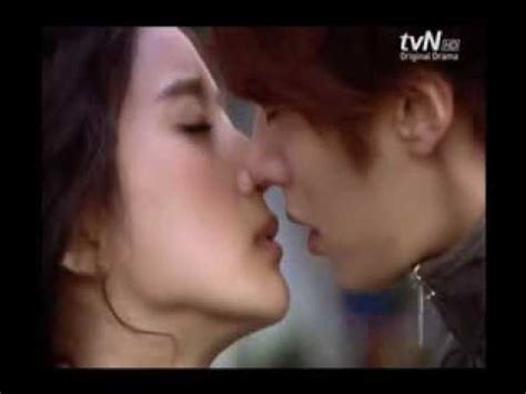 korean film hot kiss scene megasabi s top 5 best korean drama kissing scene youtube