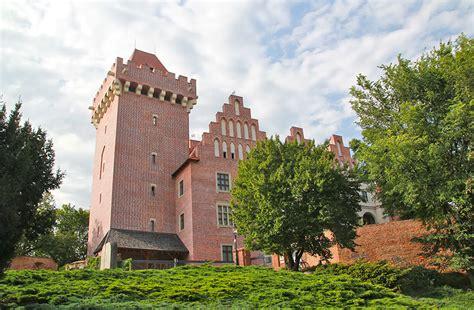 zamek krolewski  poznaniu polskie szlaki