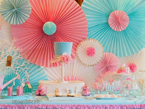 Paper Rosettes - how to make a backdrop with paper window shades