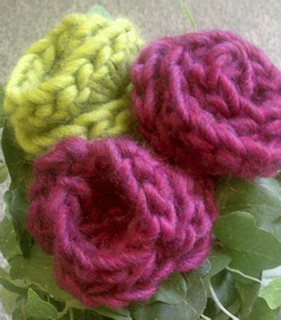 large pattern hooks free pattern crochet roses small projects large hooks 15