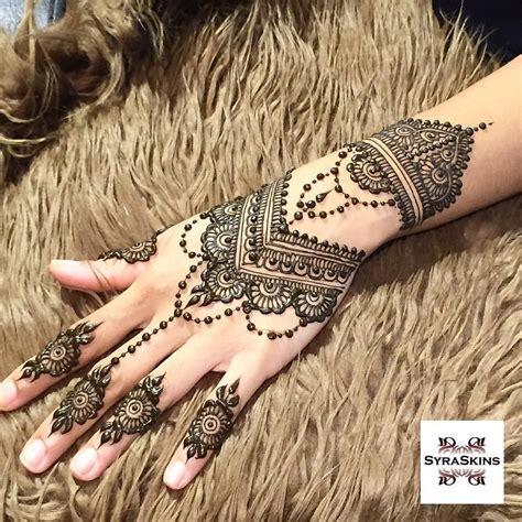 mehndi design in instagram see this instagram photo by syraskins 903 likes henna