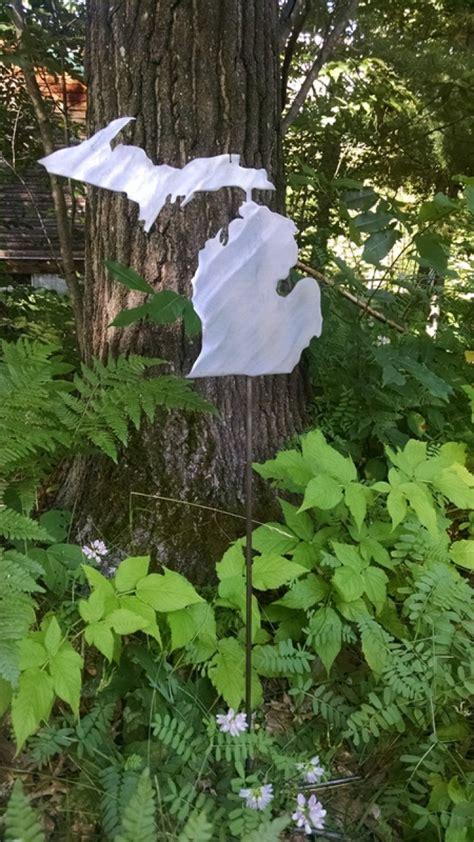 Handmade Michigan - the state of michigan garden stake handmade michigan
