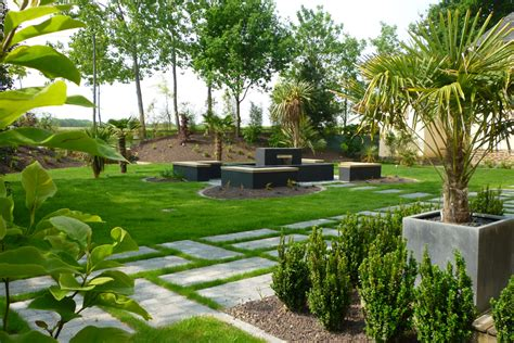 un patio jardin patio