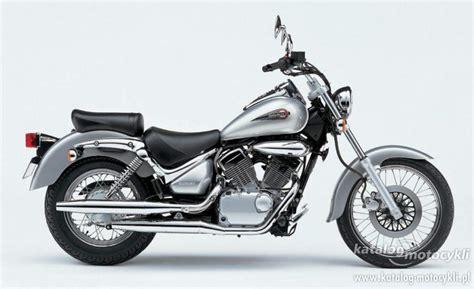 Suzuki Intruder 125 LC (r.2006) :: Katalog Motocykli Kawasaki 250