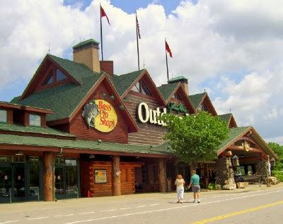 outdoor world opry mills things to do at bass pro outdoor world times
