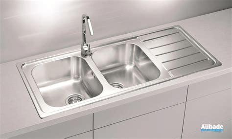 d饕oucher un 騅ier de cuisine meuble cuisine avec evier integre maison design bahbe com