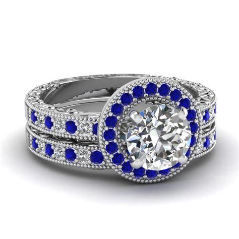 Wedding Band With White Diamond In 14K White Gold