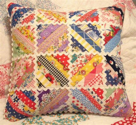 Pillows And Quilts by 25 Best Ideas About Patchwork Pillow On