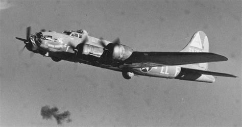 Bomb Boogie Boeing B 17f Quot Bomb Boogie Quot Boeing B 17f 15 Ve Serial 42
