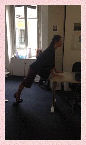 esercizi alla scrivania fitness da ufficio gli esercizi da fare alla scrivania
