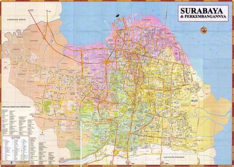 april  panduan wisata kota surabaya