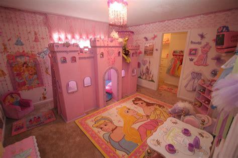 disney princess bedroom decorating ideas habitaciones con estilo dormitorios estilo princesa
