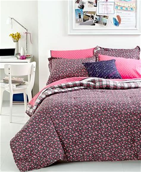 tommy hilfiger twin comforter closeout tommy hilfiger bedding emory twin twin xl